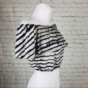Emma & Sam Tops - NWT Zebra Striped Emma + Sam Drape Crop Top Sz M